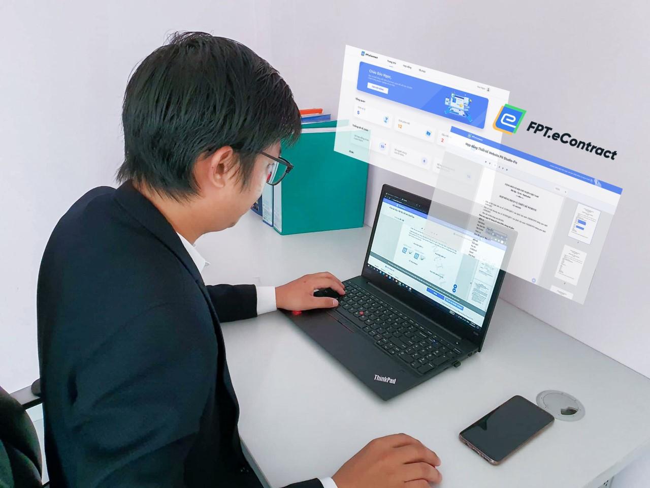 Ông Bùi Ngọc Quý, Giám đốc BNQ Global thực hiện kí kết hợp đồng điện tử, rút ngắn thời gian xử lý từ 3 ngày xuống còn dưới 10 phút