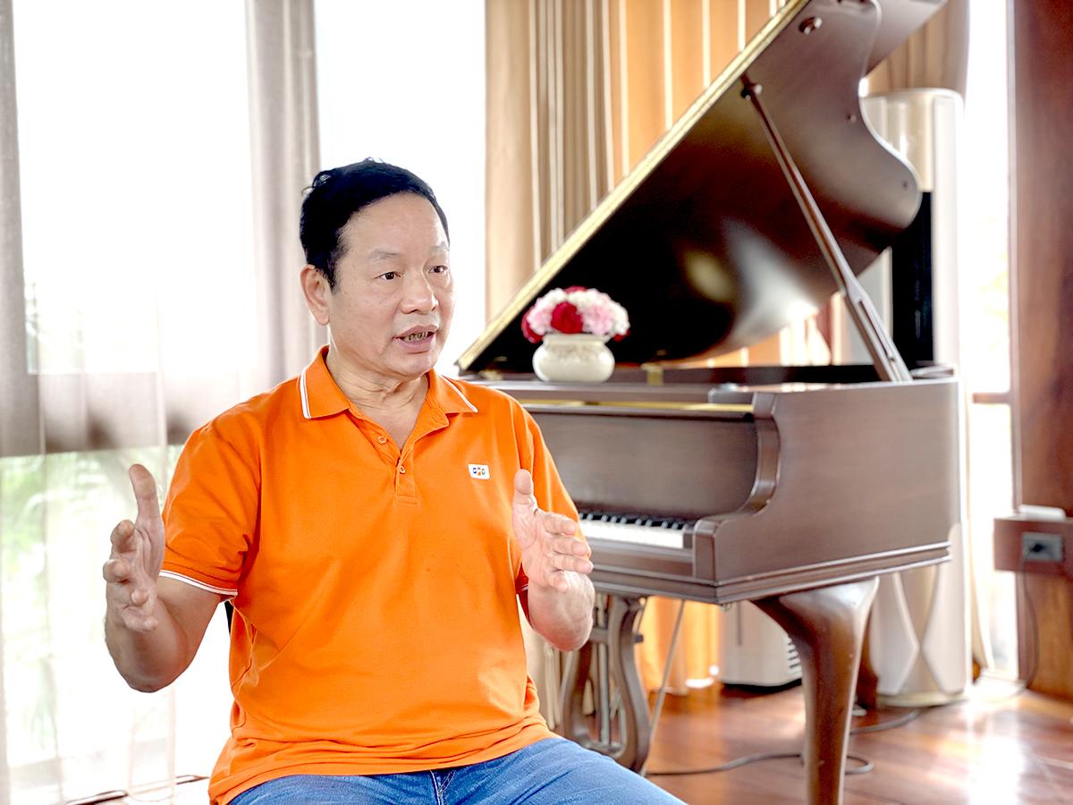 Ông Trương Gia Bình, Chủ tịch HĐQT Tập đoàn FPT trong buổi phỏng vấn với VnExpress.