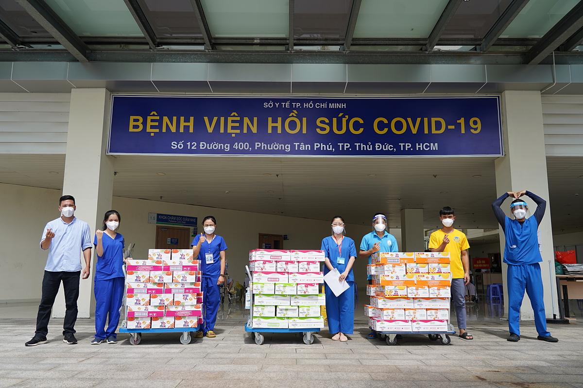 Các sản phẩm dinh dưỡng Vinamilk đã được trao tới bệnh viện Hồi sức Covid-19 tại thành phố Thủ Đức vào đầu tháng 9 vừa qua. Ảnh: Trường Giang