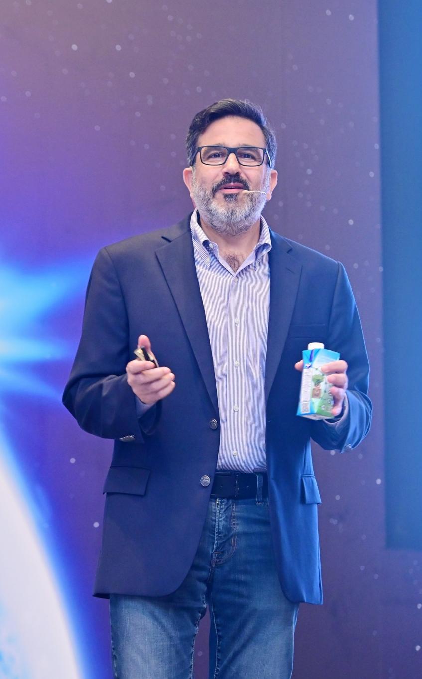 Ông Eliseo Barcas- Tổng giám đốc Tetra Pak Việt Nam.