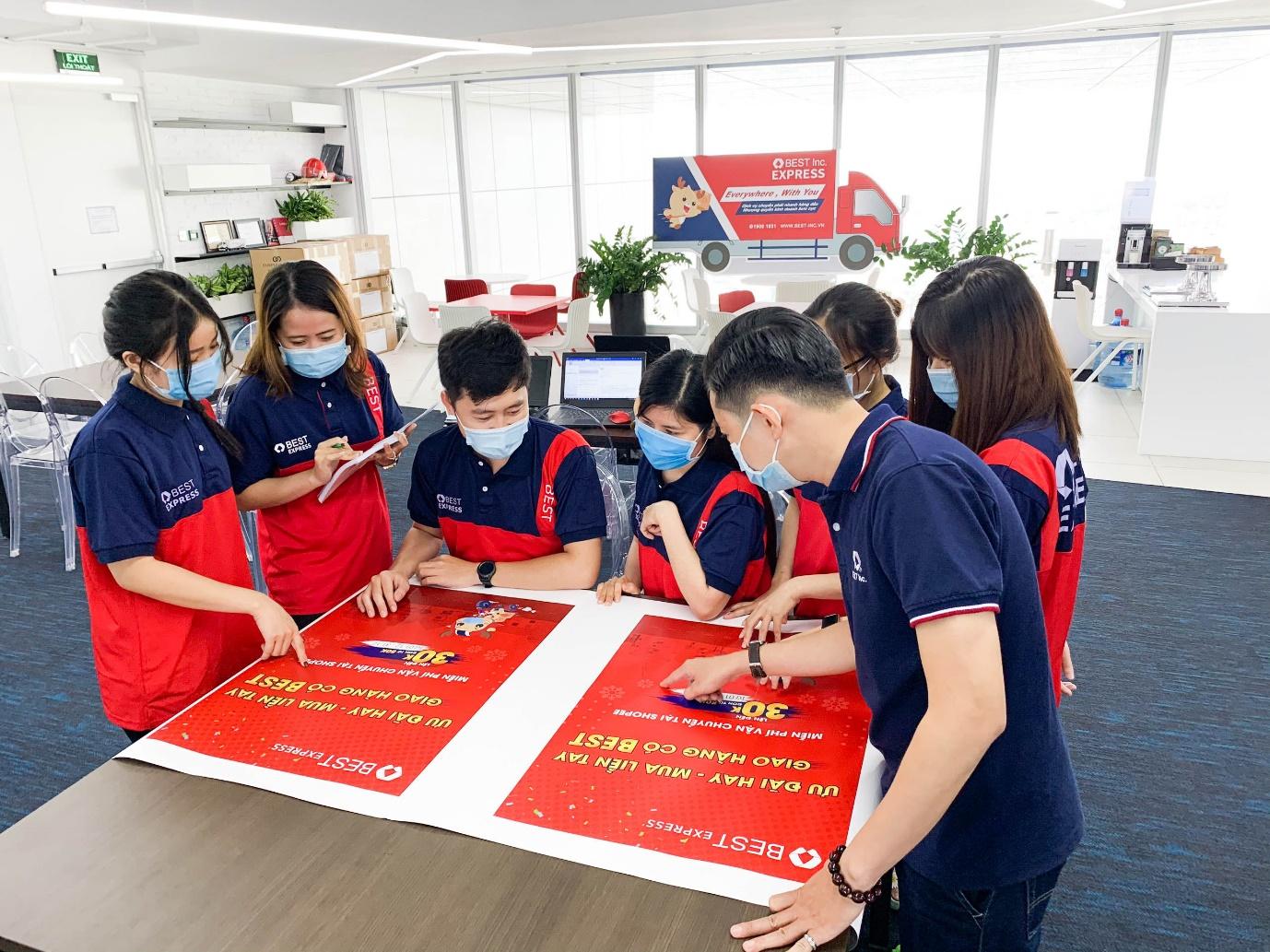 Đội ngũ nhân viên mới luôn được đào tạo chuyên môn và kỹ năng cẩn thận để đủ năng lực xử lý công việc.