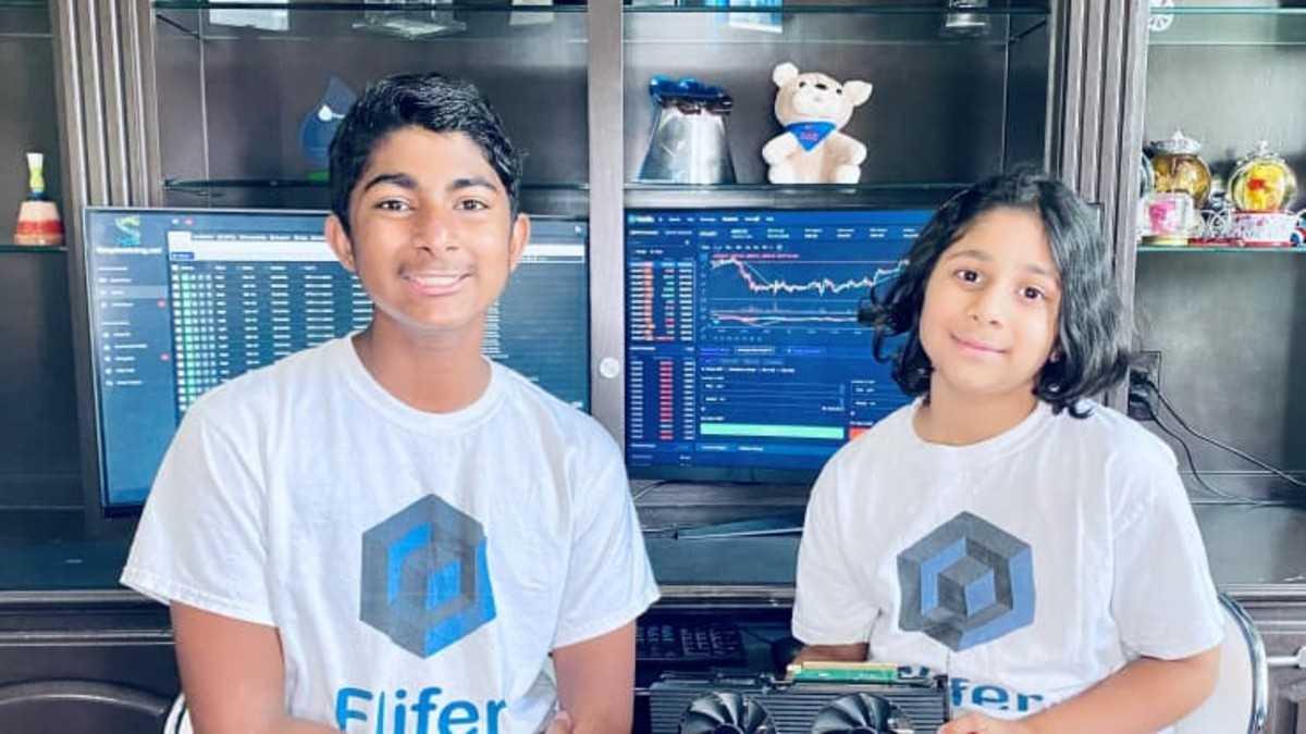 Ishaan Thakur (14 tuổi) và em gái - Aanya (9 tuổi). Ảnh: CNBC