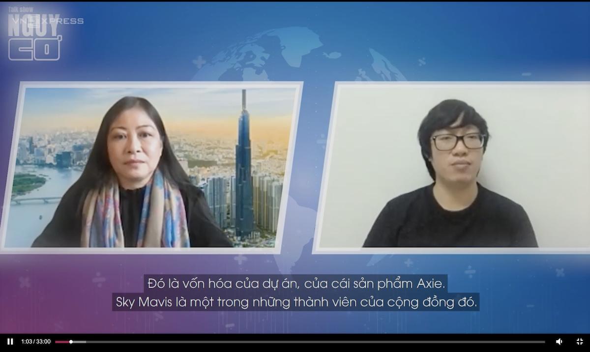 Host Nguyễn Phi Vân (trái) và CEO Nguyễn Thành Trung (phải) - khách mời của talk Nguy - Cơ 13. Ảnh: cắt từ talkshow