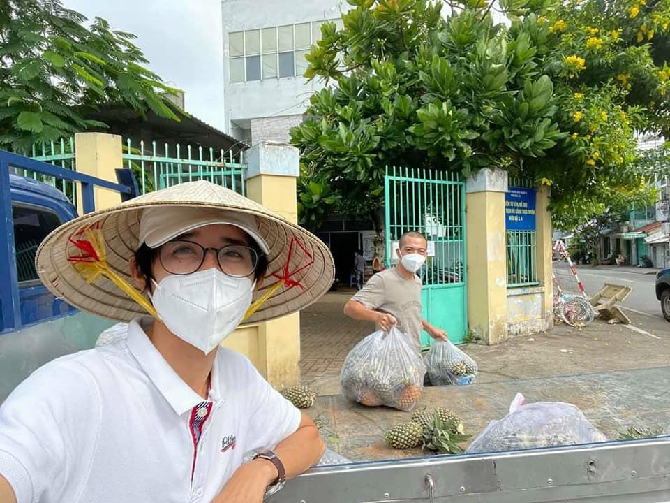 Khóm Gò Quao, Kiên Giang đến tay người dân TP HCM. Ảnh: Huỳnh No