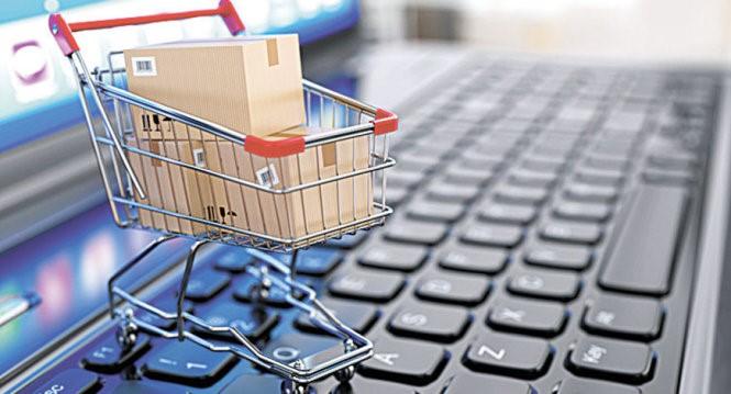 Mua sắm trực tuyến ngày càng phổ biến với người tiêu dùng. Ảnh: Shutterstock