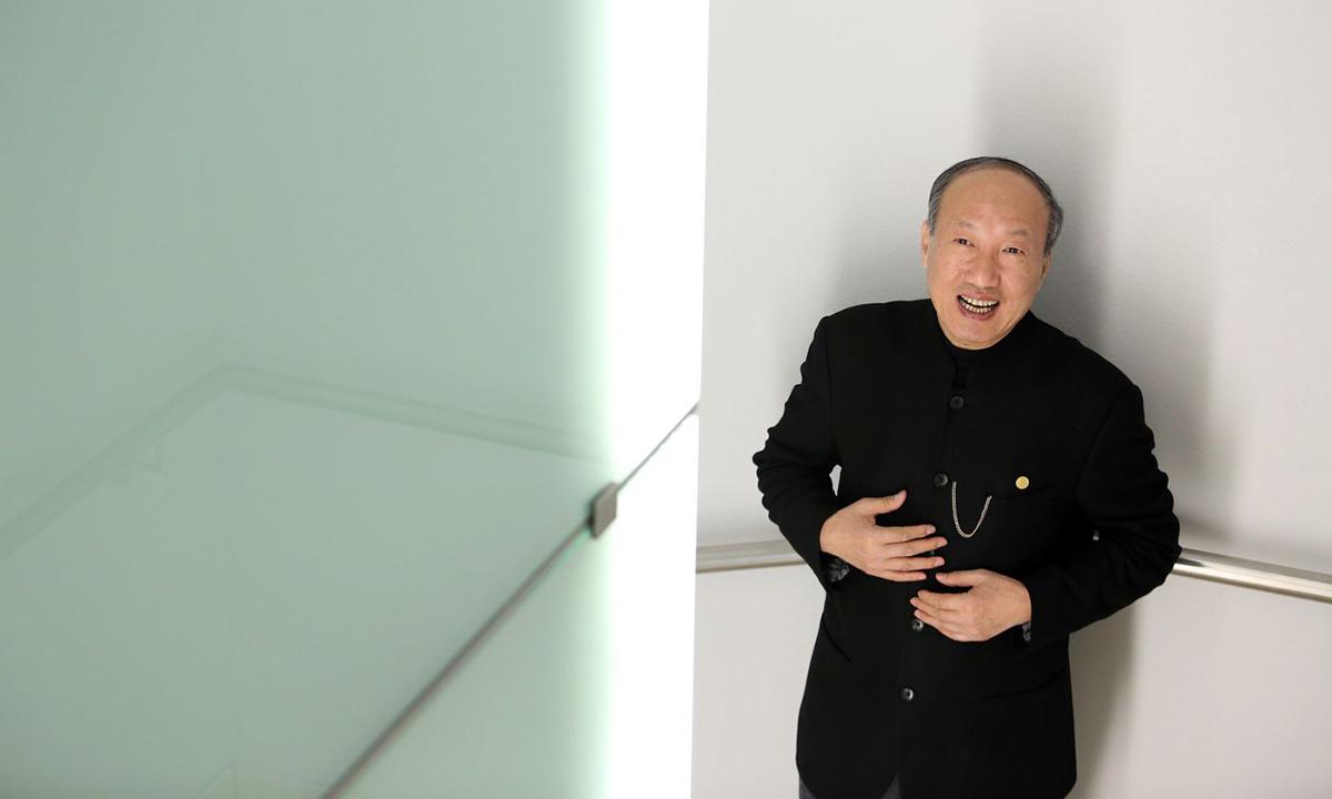 Tỷ phú Chen Feng hồi năm 2014. Ảnh: Bloomberg