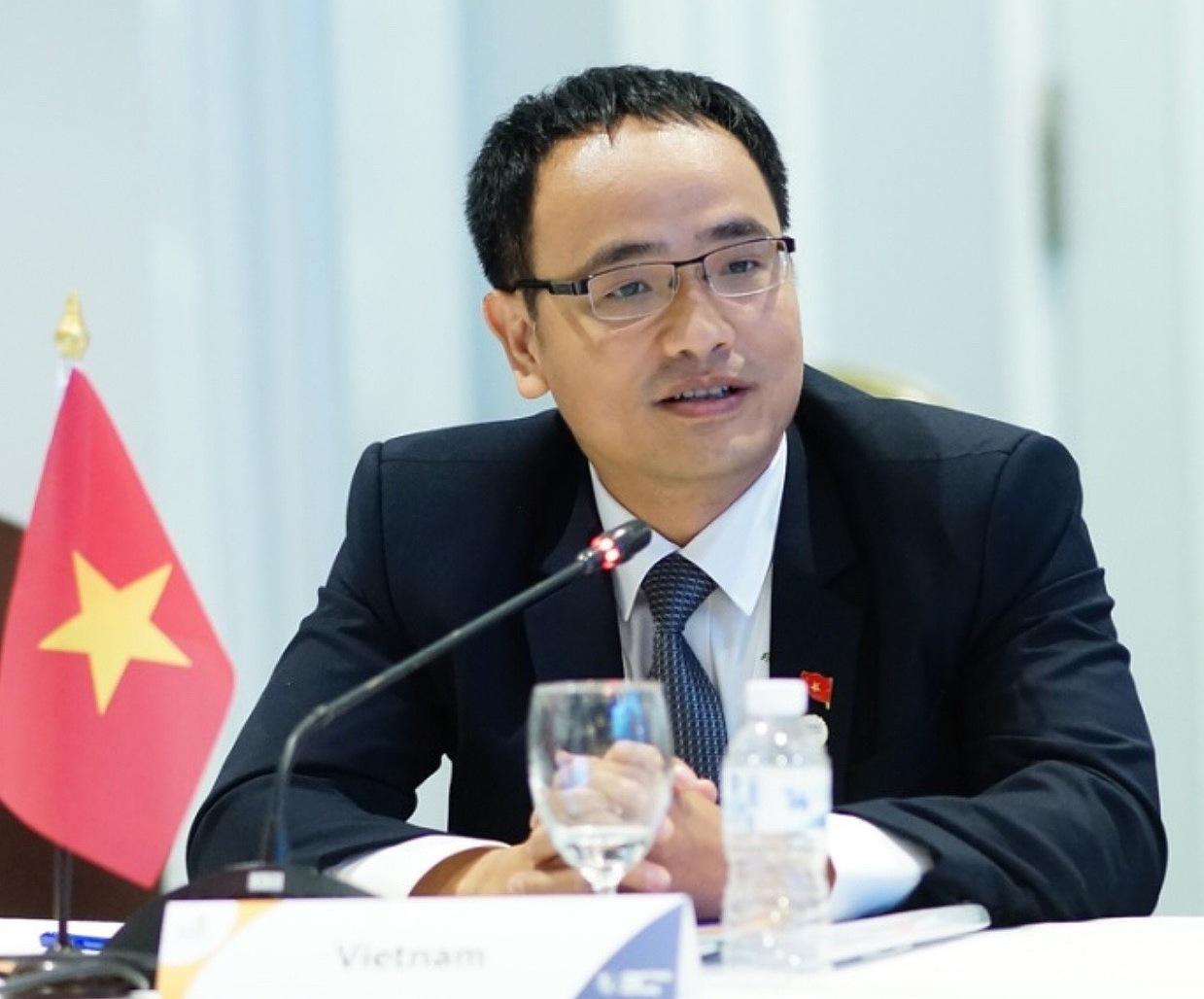 Ông Nguyễn Chí Trường, Vụ Trưởng Vụ kỹ năng nghề, Bộ Lao động Thuơng binh và Xã hội.