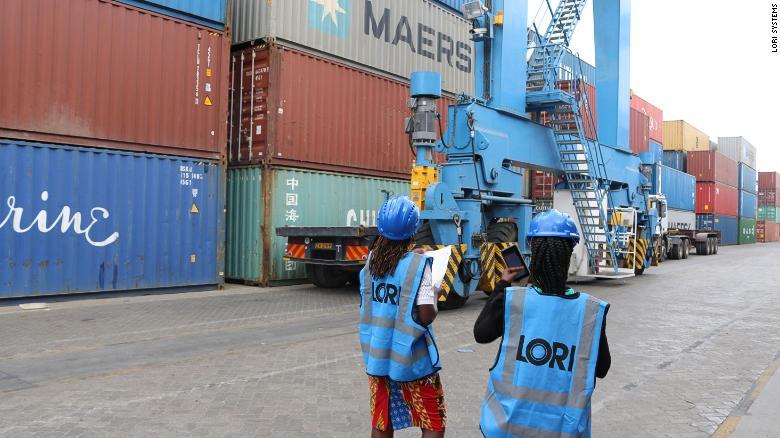 Sự bùng nổ của thương mại điện tử sẽ thúc đẩy ngành logistics tăng trưởng trong giai đoạn 2021-2025. Ảnh: CNN.