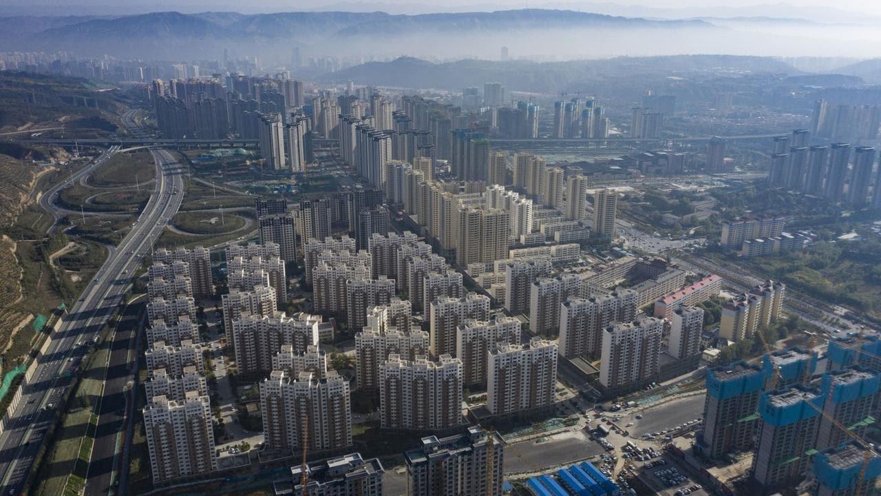 Một dự án đang được xây dự ở Tây Ninh, Trung Quốc. Ảnh: Bloomberg