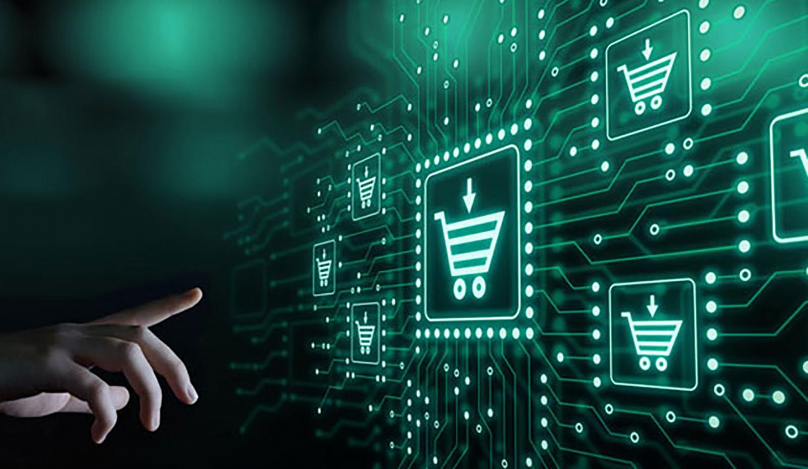 Bảo mật thông tin cá nhân và tài khoản là yếu tố ảnh hưởng lớn đến quyết định mua sắm trực tuyến của người dùng. Ảnh: Shutterstock