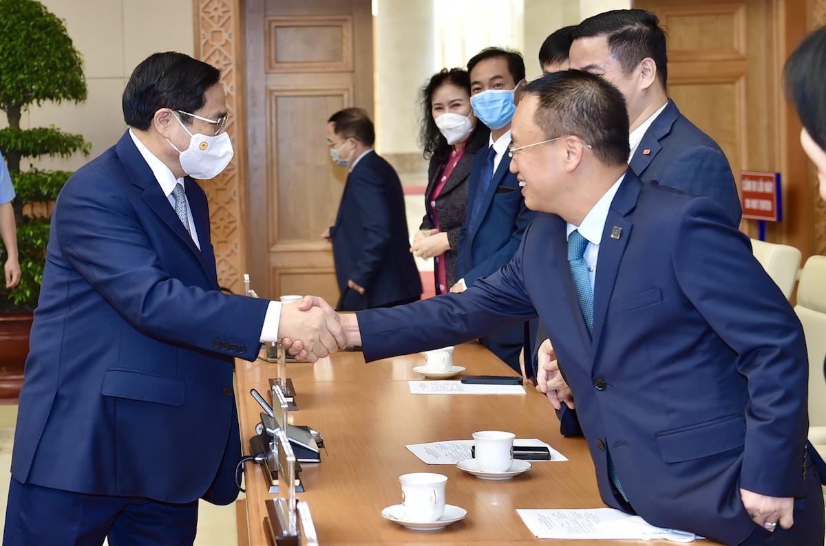 Thủ tướng Phạm Minh Chính gặp gỡ các doanh nhân nhân ngày Doanh nhân Việt Nam 13/10, sáng 12/10 tại Hà Nội. Ảnh: VGP